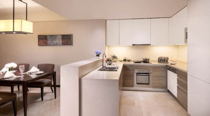 Oakwood Residence Hangzhou's three-bedroom apartment's kitchen