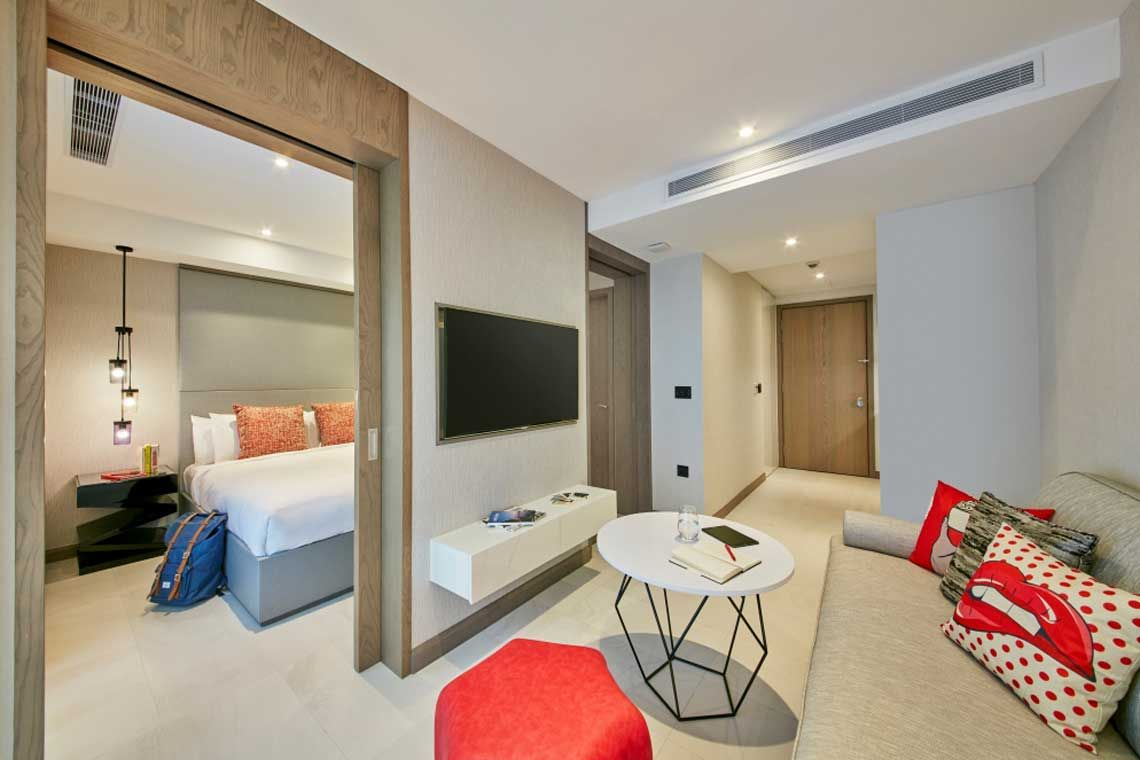 Oakwood Studios Singapore's one-bedroom deluxe apartment