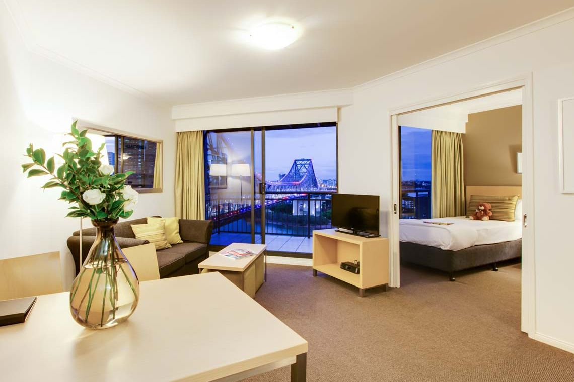 Oakwood Hotel & Apartments Brisbane's two-bedroom premier apartment riverview
