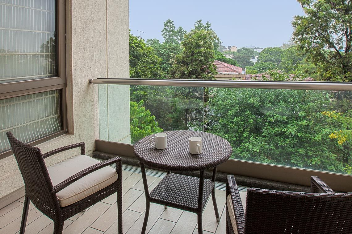 Oakwood Residence Naylor Road Pune's one-bedroom executive apartment's terrace