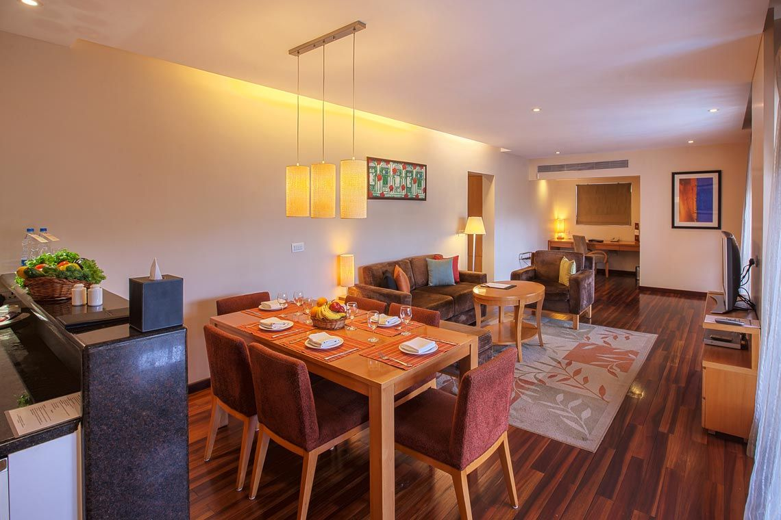 Oakwood Residence Naylor Road Pune's two-bedroom superior apartment's dining area