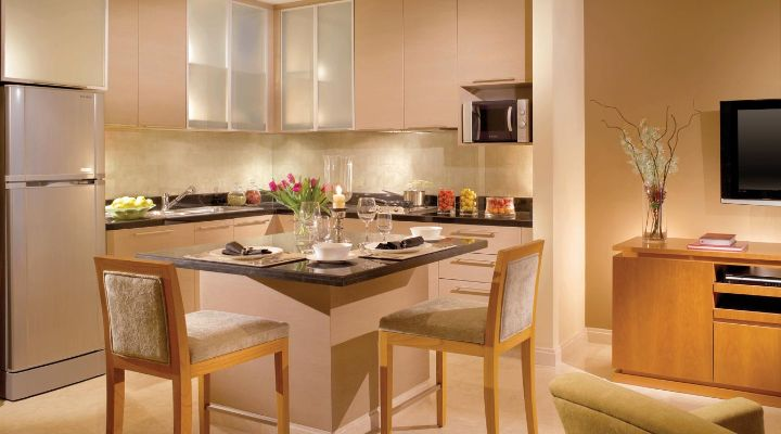 Oakwood Premier Cozmo Jakarta one-bedroom deluxe apartment's kitchen