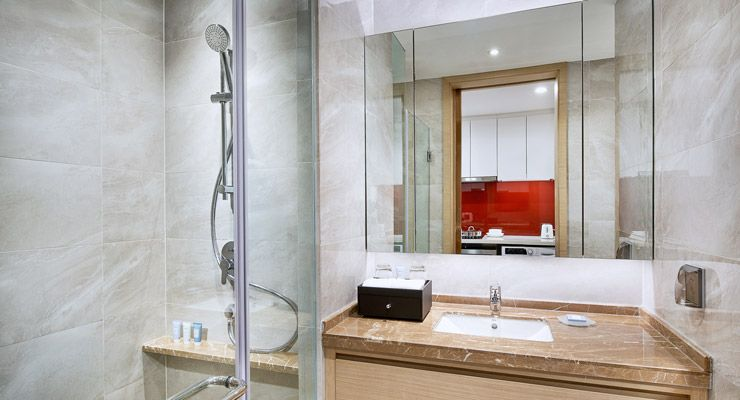 Oakwood Apartments Yangzhou's studio apartment bathroom
