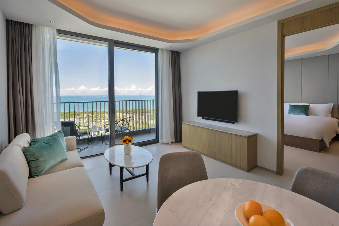 Oakwood Apartments Sanya's one-bedroom executive ocean apartment