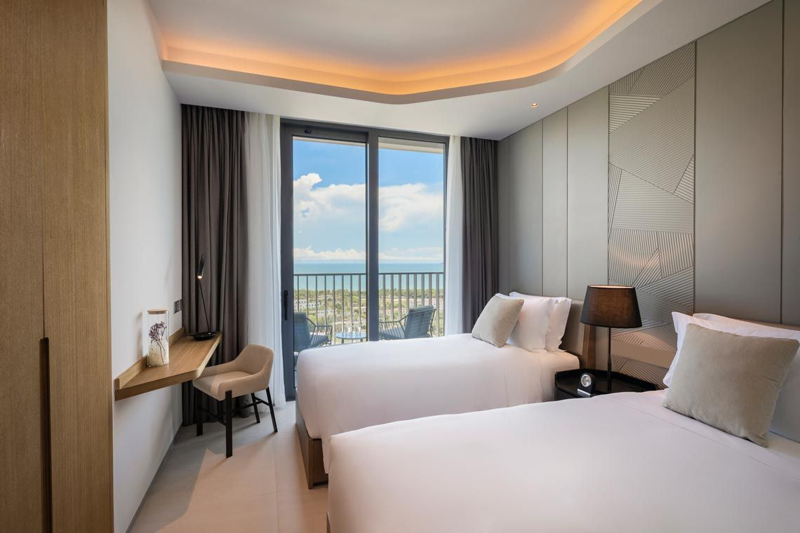 Oakwood Apartments Sanya's two-bedroom ocean apartment