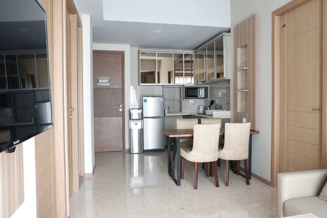 Oakwood Residence Cikarang's three-bedroom apartment's kitchen