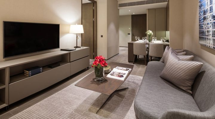 Oakwood Premier OUE Singapore one-bedroom apartment's living room